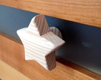 Drawer knob or peg star natural wood