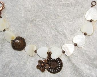 Shell-like resin bracelet and copper