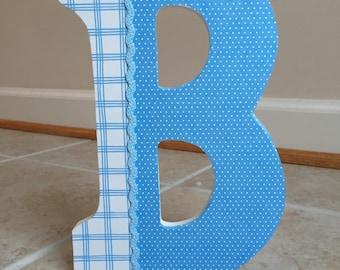 Custom design wall letters
