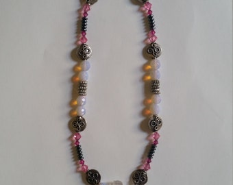 Pink glass work pendant necklace