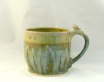 Green Pottery Cup /  pottery mug Ceramic Teacup / Earthtone for Men / Latte cup / Lichen Green Glazed Mug