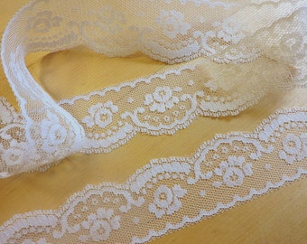 IVORY Lace Trim - 1+5/8 IN. WiDE 5 YDS. Vintage Lace
