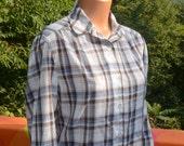 vintage 70s blouse PLAID shirt preppy white blue brown button down round collar women's 12 Medium traveler