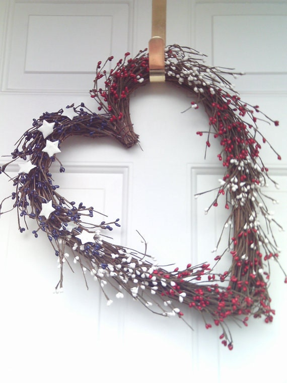 Patriotic Wreath / Red-White & Blue Wreath /  Heart  Wreath - Holidays