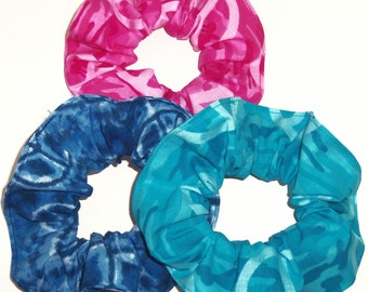 Hair Scrunchie Pink Teal Camo Blue Tie Dyed Peace Signs Fabric  Scrunchies by Sherry Ties Ponytail Holders
