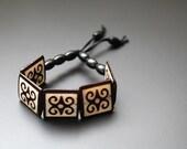 Beaded Stretch Bracelet, Dwennimmen, African Adinkra Symbol, African Bracelet, African Jewelry, Dwennimmen African Bone Stretch Bracelet