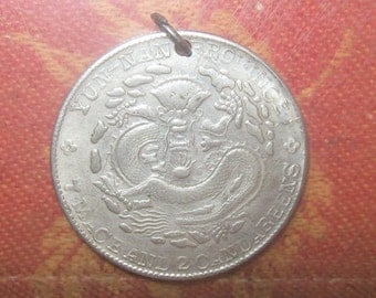 Detailed Silver Old Vintage Lucky Chinese Dragon Coin Pendant Necklace