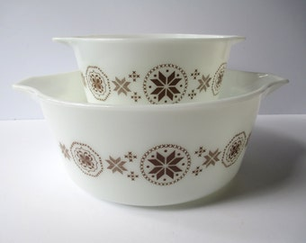 Vintage Pyrex Town and Country Cinderella Brown White Hex Casserole Pair 2.5 Qt 1 Qt