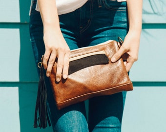 Crossbody Clutch in Chestnut, Black, and Beige, Leather Clutch, Leather Tassel, Crossbody Clutch, Crossbody Bag, Clutch, Made to Order
