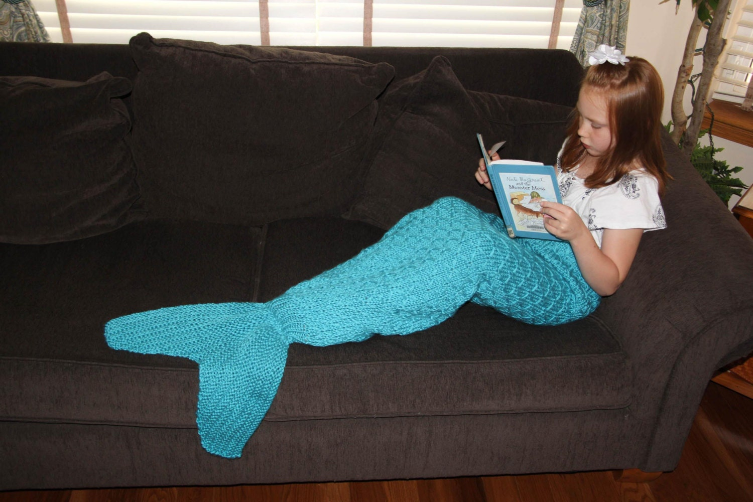 Knitting Pattern For Baby Mermaid Blanket : Mermaid Tail Lapghan Blanket Knitting Pattern for Children