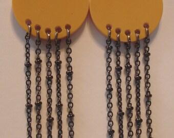5 Chain Cream Bakelite Earrings