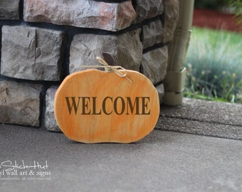 Welcome Pumpkin - Wood Sign - Home Decor - Quote Saying Distressed Wooden Sign S20