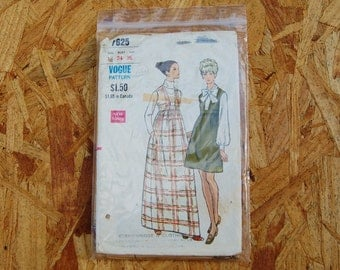 Vintage Vogue 1960's -1970's Pattern High Waisted Jumper Dress 7625 size 12 Bust 34