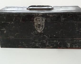 Vintage Industrial Rustic Metal Toolbox Tackle Craft Box