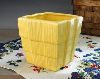 McCoy Planter . Yellow Pottery Planter . Flower Pot . McCoy Pot . Basket Weave . Basketweave . Square Planter . Vintage 1950s