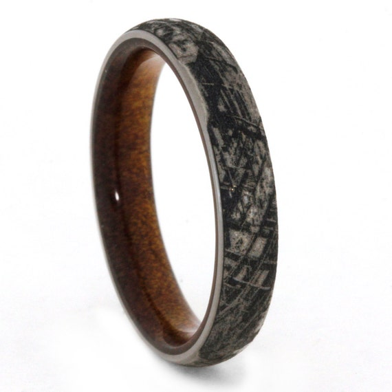 Engraved Titanium Wedding Band Mimetic Meteorite by jewelrybyjohan
