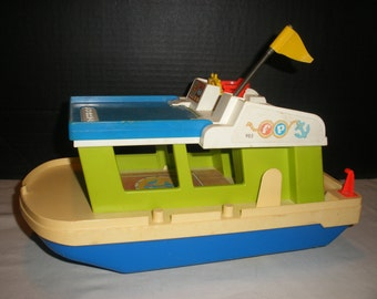 Vintage 1972 Fisher Price #985 Happy House Boat Little People