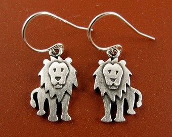 Tiny lion earrings