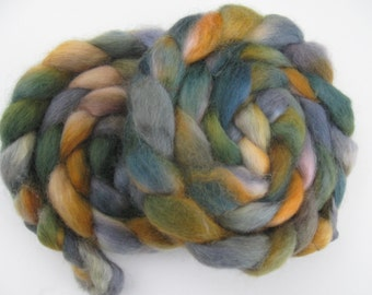 Stormy sunrise- Wensleydale Wool Roving (Top) - Handpainted Spinning or Felting Fiber - 4 ounces