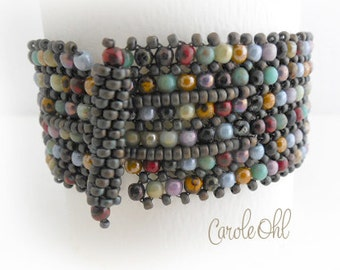 Druks in a Row Bracelet Tutorial by Carole Ohl