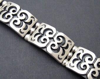 Wide Sterling Bracelet Heavy Vintage Link B6712