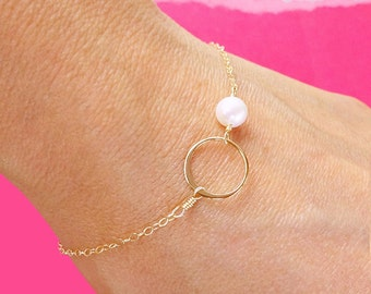Silver Eternity bracelet, circle bracelet, karma jewelry, delicate silver bracelet, bridesmaid gifts, skinny bracelet