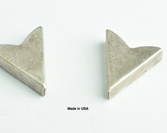Collar Tip Western Collar Tip, Smooth surface  23x25mm Smooth Collar Tip, Antique Silver,   2 ea 02611