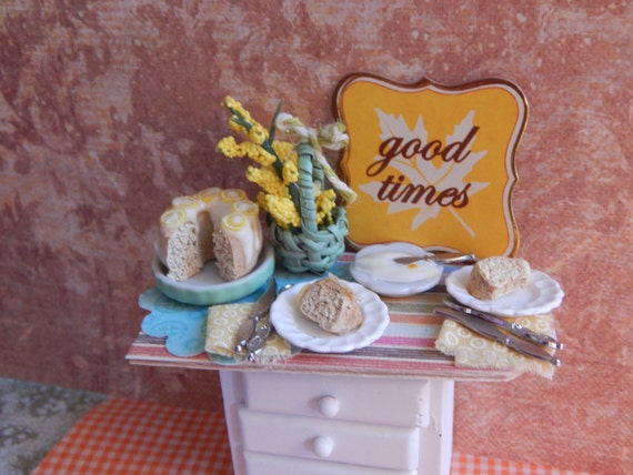 Miniature Angel Food Cake With Lemon Glaze Dessert Tray-Dollhouse Miniature 1:12 Scale