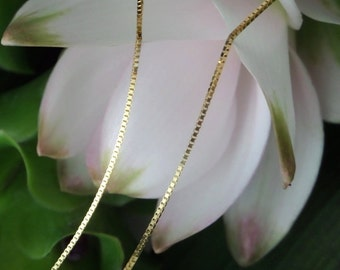 18k Yellow Gold Adjustable Box Chain (up to 18 inches), Ready to Ship