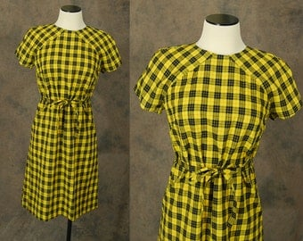 CLEARANCE vintage 60s Dress - 1960s Mod Yellow Plaid Dress - Shift Dress Sz M