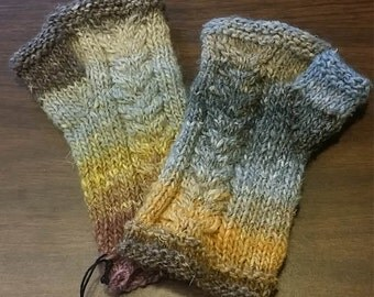 Pattern for Wishbone Mitts