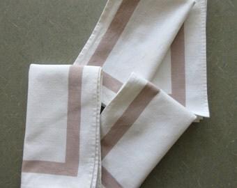 Vintage Napkins, Cotton Napkins, Brown and White, Retro Kitchen, Brown Borders, Cotton Serviettes, Vintage Kitchen, Vintage Linens