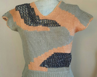 Vintage 1980's INCONSUETO Knit/Mesh Short Sleeve Cropped Geometric Sweater/Sweater Vest.  Made in Italy. Size Small.
