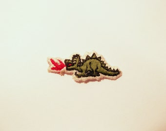 Green Dragon Patch Flames Embroidered Applique for Clothing 1980s cute animal kitsch retro