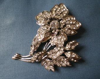 Stunning Vintage Floral Rhinestone Brooch