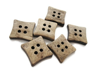 6 Beige Coconut Shell Buttons 14mm -  Square shape (BC503B)