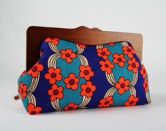 Clutch purse with wooden frame - Retro wallpaper in blue and red - Cosmetic purse / Vintage inspired floral print / Coral red teal cobalt