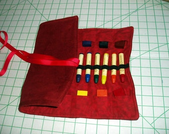 Beeswax Crayon Holder - Waldorf inspired -  for 16 square and 16 stick crayons - crayons not included