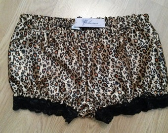 leopard print satin shortie bloomers size uk 8 extra short animal burlesque knickers lingerie pantaloons