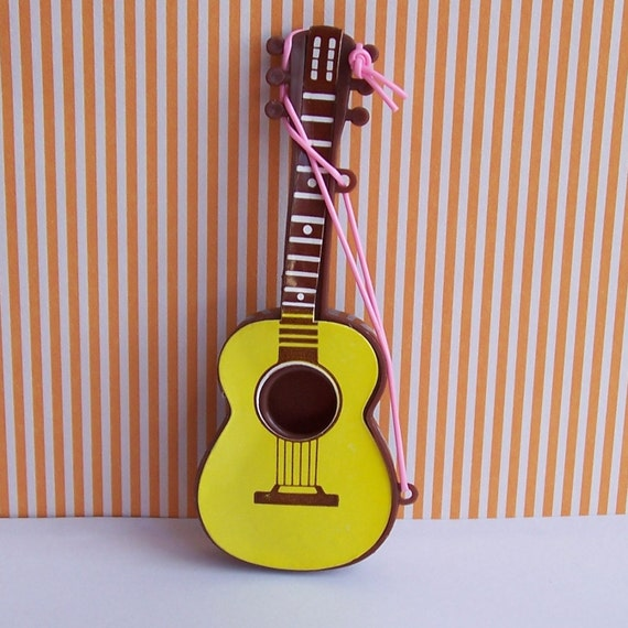Guitar Cake Images With Name : Miniature Guitar Cake Topper