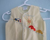 Vintage 1970s Baby Shirt - Super Cute Yellow Baby Top with Embroidered Cars - 70s Embroidered Baby Shirt Size Newborn to 6M