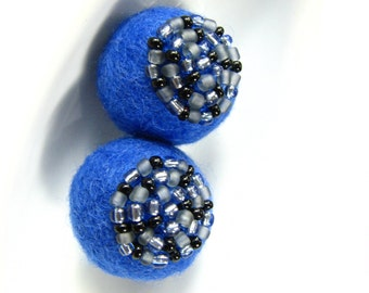 Set of 2 sapphire felted round wool balls /  beads decorated with seed beads