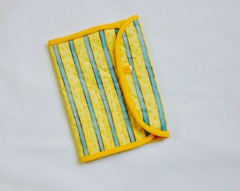 Crochet Hook Case -yellow and blue striped quilted cotton carrying case, Clover large hooks,  tri fold hook storage wallet, gift for crochet