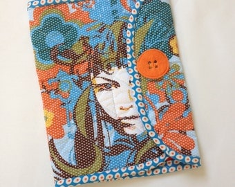 Crochet Hook Case -lady face in blue quilted cotton carrying case, Clover large hooks,  tri fold hook storage wallet, gift for crochet