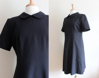 Vintage William Pearson Black Peter Pan Collar Dress