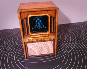 Dollhouse miniature working old 50s TV, 1/12 scale for dollhouses