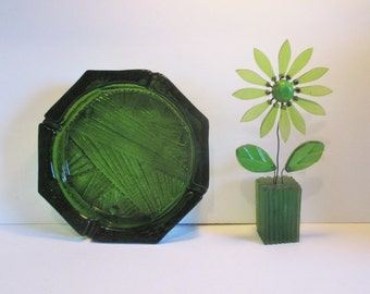 Vintage Blenko Glass 703 Beautiful Line Pattern Ashtray in Olive Green