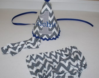 boys cake smash outfit, first birthday party outfit, gray white chevron with royal blue, 1st birthday,  boys diaper c