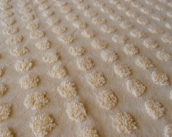 "Vintage Chenille bedspread fabric piece, buttercream yellow flat coin popcorn, 18"" x 24"" - 400-64"
