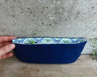 Blue pencil case in organic cotton fabric with geometric printed lining. PROTOTYPE - LOW PRICE